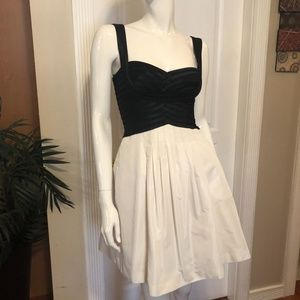 BCBG Black and white Dress With Pockets
